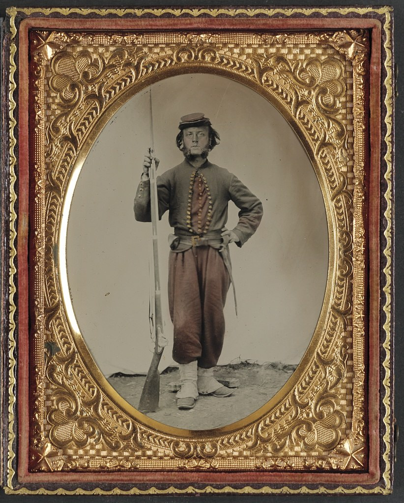 Unidentified soldier in Union zouave uniform with bayoneted musket LOC 6987397849