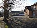 Urciers (36) - École élémentaire - cour de récréation.jpg