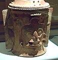 Urna funeraria maya Kinich Ahau (M. América Inv.91-11-12) 02.jpg