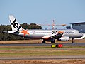 VH-VQA - A320-232 - Jetstar Airways (9566882593).jpg