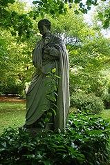 Estatua de Francisco de Asís de Borbón