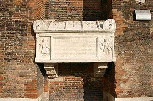 Venezia - SS. Giovanni e Paolo - Facciata - 03 - Arca Jacopo e Lorenzo Tiepolo (+1249, 1275) - Foto Giovanni Dall'Orto, 30-Sept-2007.jpg