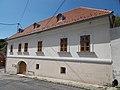 Veszprém 2016, műemlék későbarokk sarokház, Szent István utca 1.jpg