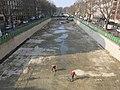 Vidange canal Saint-Martin D160311 - Bassin des marais vers le pont tournant de la rue Dieu.jpg