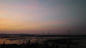 Bandra–Worli Sea Link - Sunset View of Bandra Worli Sealink from Dadar Chowpatty spanning over Mahim Bay