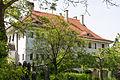 Vilsheim Ulrich-von-Pusch-Straße 4 - Schulhaus 2014.jpg