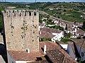 Vista sobre a vila e torre do Castelo de Óbidos.jpg