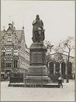 William the Silent (statue) - The original statue of William the Silent (1848) by Royer in The Hague's Het Plein
