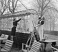 Voorjaarsschoonmaak in het Vondelpark - Spring cleaning in the Vondelpark (4416107007).jpg
