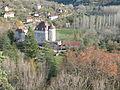 Vue générale du village de Sauliac-sur-Célé et de son château.JPG