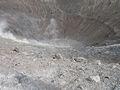 Vulcano.cratere.jpg