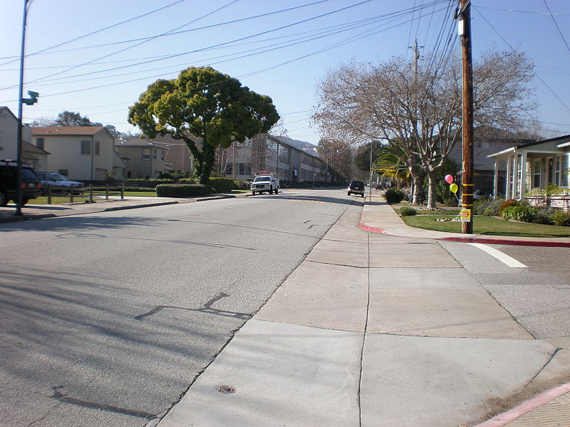 File:W. 20th Avenue, San Mateo looking west.JPG