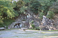 W1736-StSauveurDeL GrotteIlette 75360.JPG