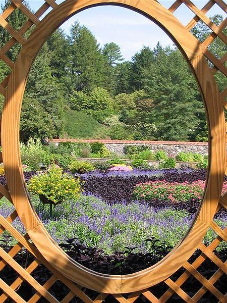 File:Walled Garden through pergola.jpg