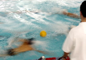 Rules of water polo - The sprint (swimoff).