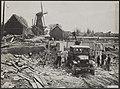 Watersnood 1953 Opbouw in het rampgebied. Op de Molendijk in 's-Gravendeel wor, Bestanddeelnr 059-1235.jpg