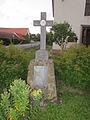 Wayside cross near Chapel of Sacred Heart in Dědice, Třebíč District.JPG