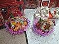Wedding gifts in wedding shop on hk.jpg