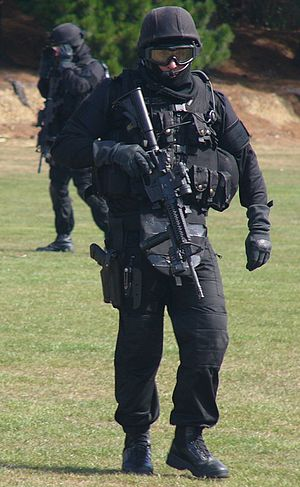 Armed Offenders Squad - Wellington AOS member in 2008