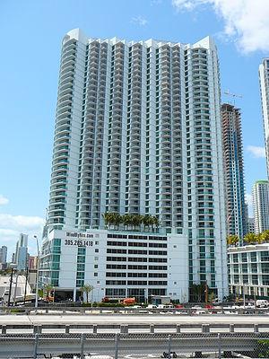 Wind (Miami) - Image: Wind Tower Miami