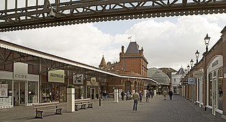 Windsor & Eton Central railway station - The station as a shopping mall