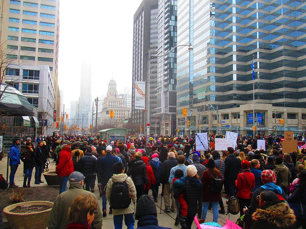 Fil:Women's march to denounce Donald Trump, in Toronto ...