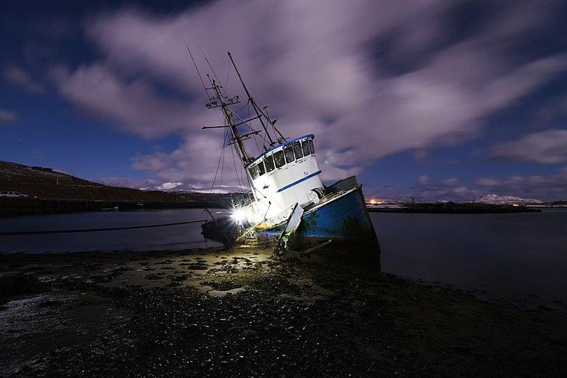 File:Wreck of the Heritage. Adak Island, Alaska (31372084535).jpg