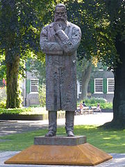 Engels-Denkmal