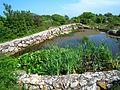 Zbiornik wody pitnej koło Dużej Wieży na Christianso - panoramio.jpg