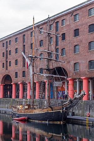 Zebu (ship) - Image: Zebu in front of the Albert Dock warehouses 1