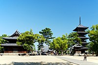 Zentsu-ji in Zentsu-ji City Kagawa pref16s5s4020.jpg