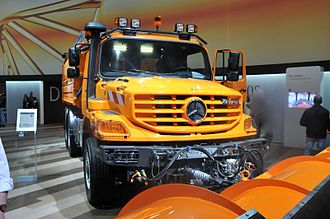 Mercedes-Benz Zetros used for snowplowing Zetros Schneepflug.JPG