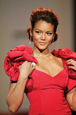 Zuleyka Rivera, Red Dress Collection 2007.jpg