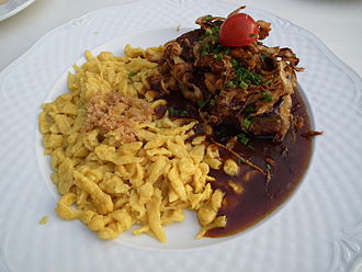 Swabian cuisine - Fried beef and onions with Spätzle