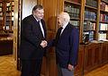 Συνάντηση Αντιπροέδρου της Κυβέρνησης και Υπουργού Εξωτερικών Ευ. Βενιζέλου με Πρόεδρο της Δημοκρατίας κ. Κ. Παπούλια (9725945226).jpg