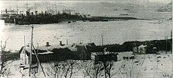 Английская эскадра на Мурманском рейде 1918 год.jpg
