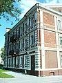Здание с интересным фасадом по улице Элизы Ожешко.JPG