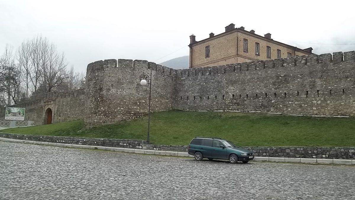 Нухинская крепость (2015).JPG