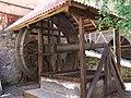 Старинный колодец - panoramio.jpg