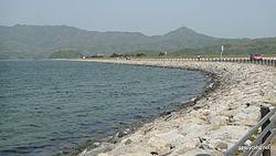 中海堤防道路 - panoramio.jpg