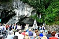 . La grotte de Lourdes.jpg