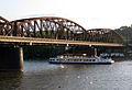 003 Pont del ferrocarril de Vyšehrad, sobre el Vltava.jpg