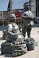 00 3112 Marktfrau und Schutzmann in Koblenz.jpg