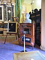 00 Busto e teca con il cuore di Vincenzo Monti, con dedica. Biblioteca Ariostea, Ferrara.jpg