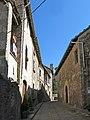 084 Carrer Antic (Sant Boi de Lluçanès), al fons el campanar de l'església parroquial.jpg