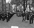 100 jaar KIM Den Helder bezoekdag Koningin Juliana. Aankomst bij het instituut i, Bestanddeelnr 906-7880.jpg