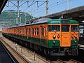 115 series D-26 D-27 Mihara Station 20170504.jpg