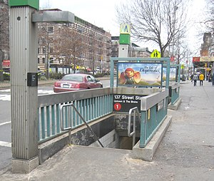 137th Street–City College (IRT Broadway–Seventh Avenue Line) - Street stair