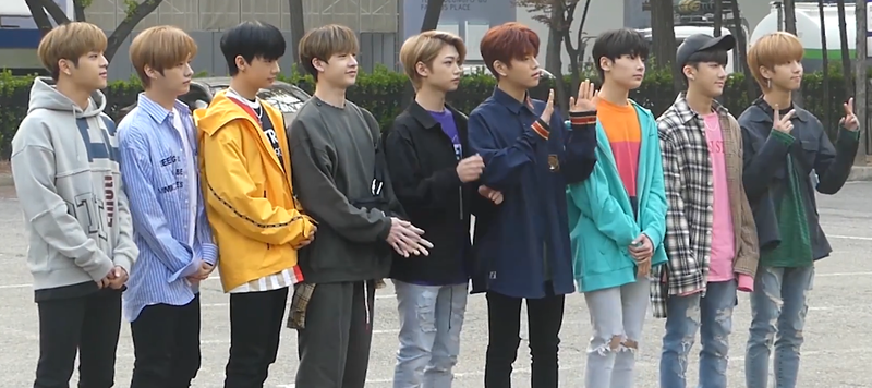 Archivo:180420 Stray Kids KBS Music Bank Rehearsal.png