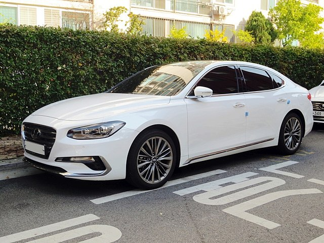 18 Hyundai Grandeur (IG) white 1